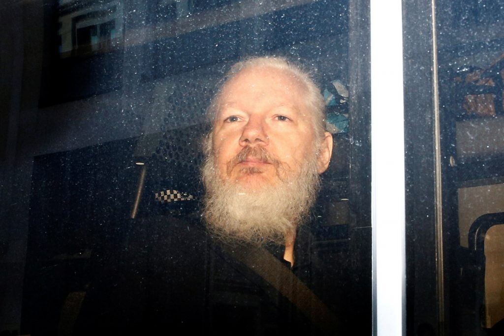 /photos/shares/Julian_Assange_Reuters_RTS2HACA_2500-1024x683.jpg